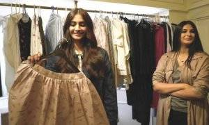 Want to Become a Fashion Stylist? Here Is All You Need to Know