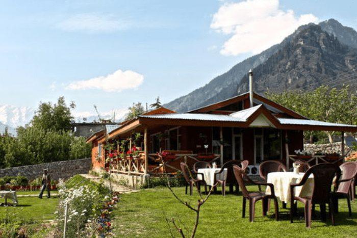 restaurants in manali
