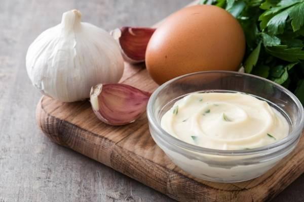 Mayo, Egg And Garlic