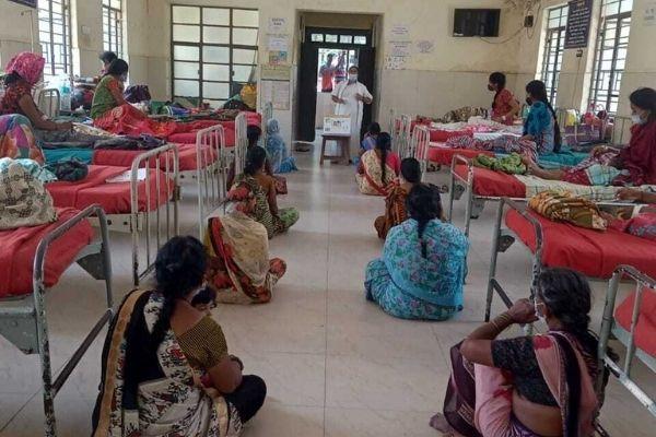 A Noora Health care companion training session