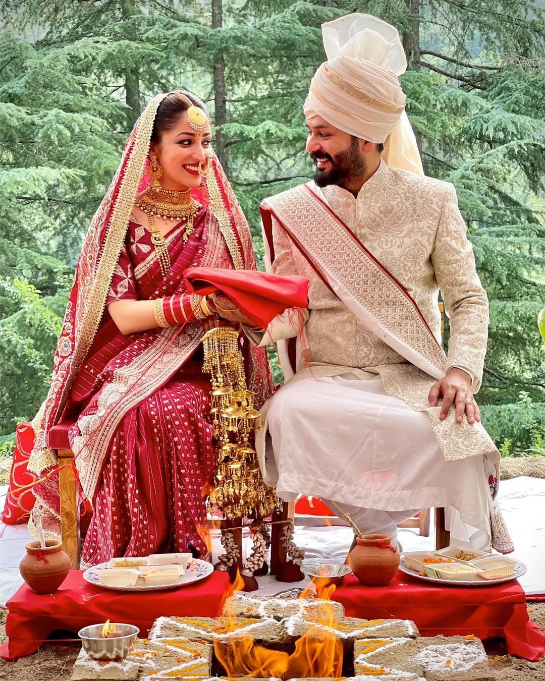 yami gautam's wedding looks