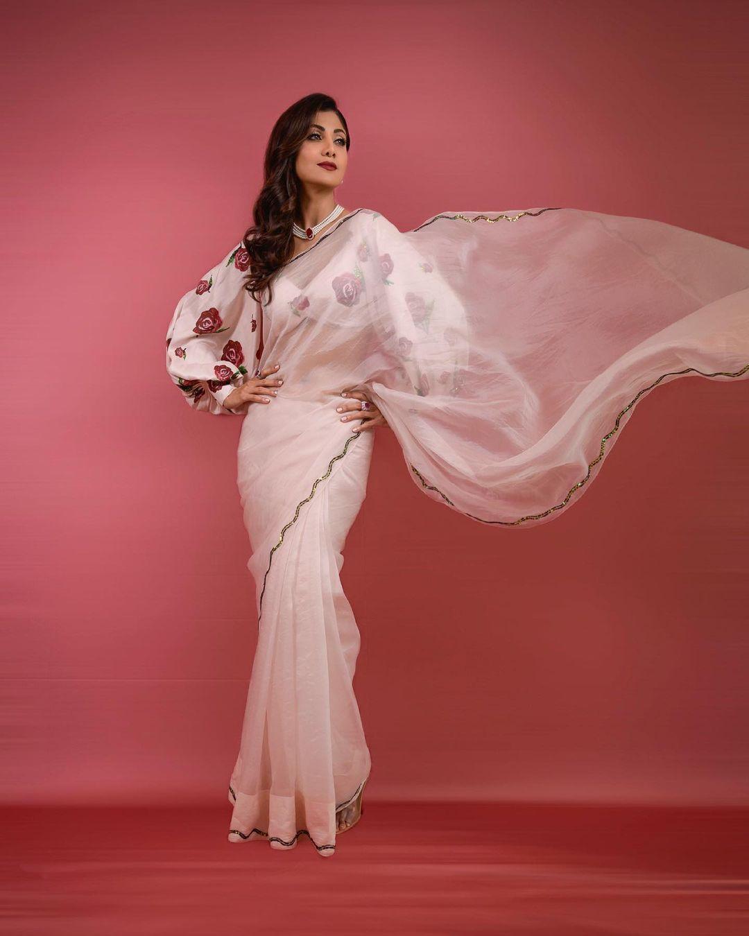 sarees outfits